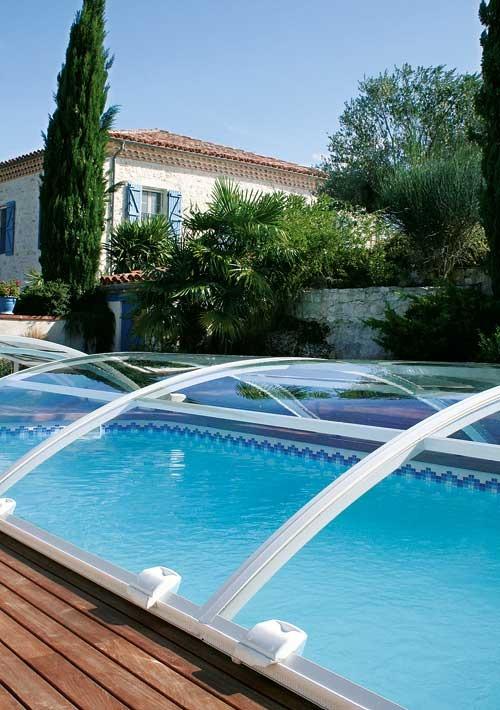 Un panel solar para una piscina m s ecol gica dive in by abrisud - Coste mantenimiento piscina ...