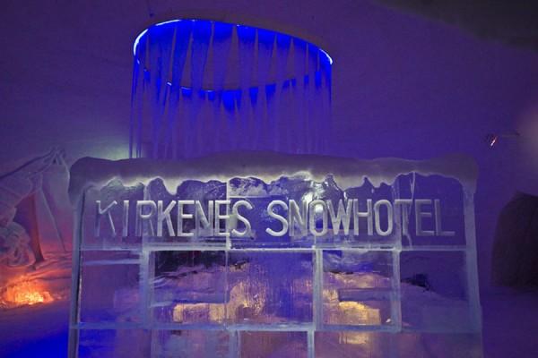 loffit-un-hotel-de-hielo-y-nieve-en-el-confin-de-noruega-01